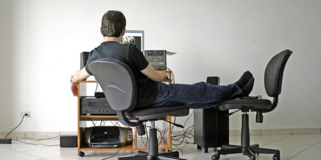 When you are like this man, sitting at the computer, wondering how to write a great blog, you may get discouraged.